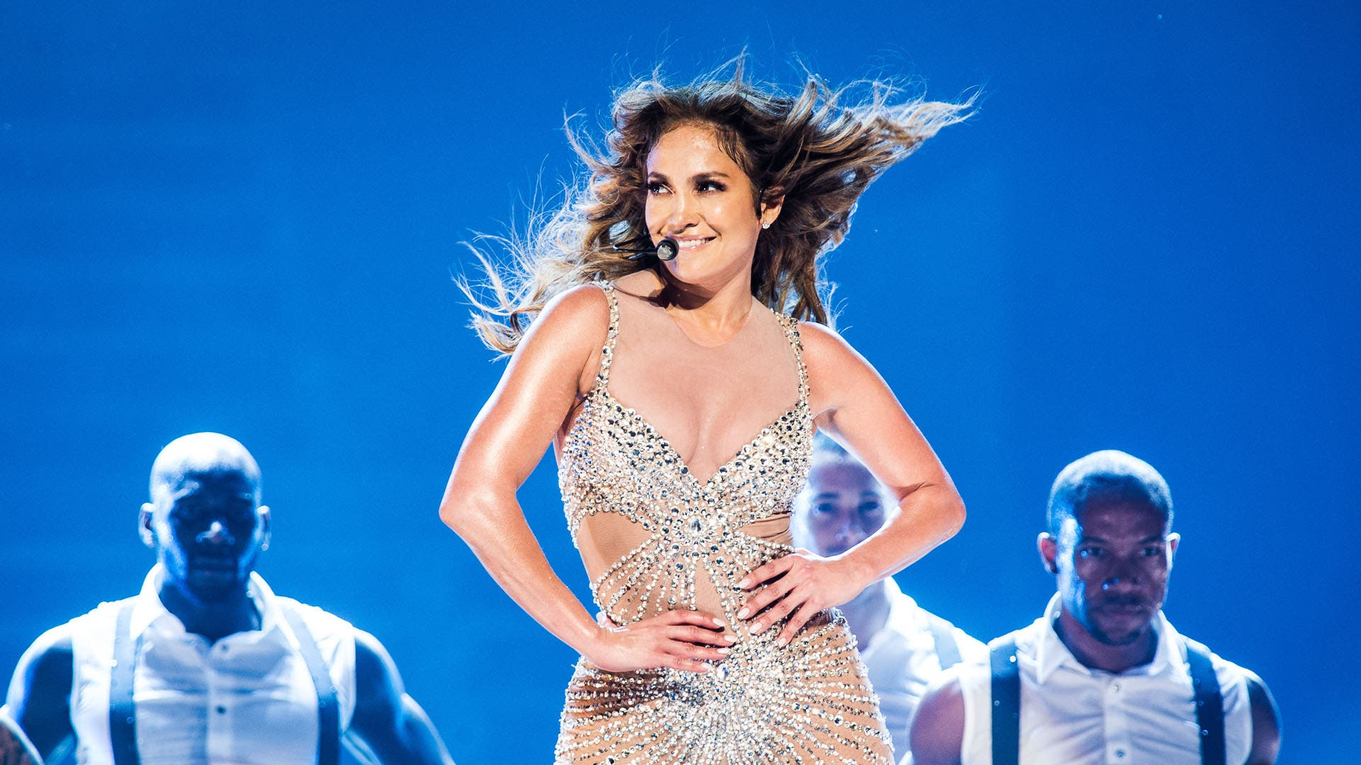 PARIS, FRANCE - OCTOBER 16: Jennifer Lopez performs at Palais Omnisports de Bercy on October 16, 2012 in Paris, France. (Photo by David Wolff - Patrick/WireImage)