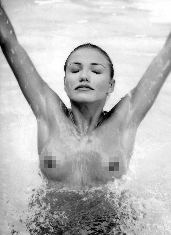Cameron diaz topless