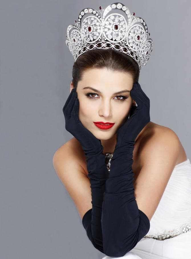 Las siete venezolanas que han ganado la corona del Miss ...